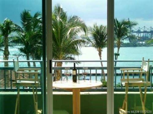 Photo of 90 Alton Rd #908, Miami Beach, FL 33139 (MLS # A10910357)