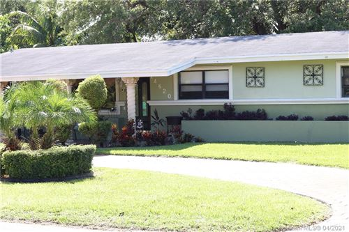 Photo of 14620 N Spur Dr, Miami, FL 33161 (MLS # A11022359)