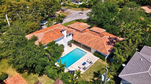 Photo of 550 San Servando Ave, Coral Gables, FL 33143 (MLS # A11026359)