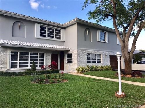 Photo of 4907 Arthur St, Hollywood, FL 33021 (MLS # A10305360)