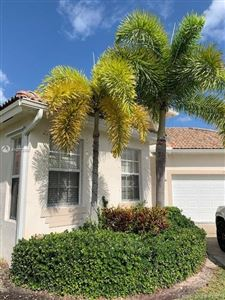 Photo of Listing MLS a10772360 in 2708 Augusta Dr Homestead FL 33035