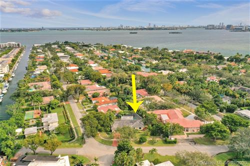 Foto de inmueble con direccion 10395 NE 12th Ave Miami Shores FL 33138 con MLS A10811360