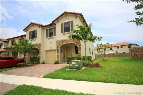 Photo of Listing MLS a10860360 in 149 SE 37th Ter #149 Homestead FL 33033