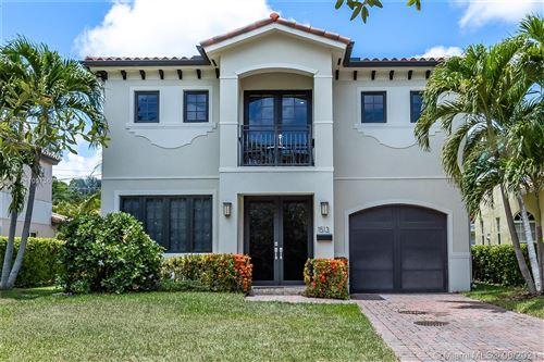 Photo of 1513 Algardi Ave, Coral Gables, FL 33146 (MLS # A11057360)