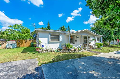 Photo of 525 NW 15th St, Homestead, FL 33030 (MLS # A10840361)