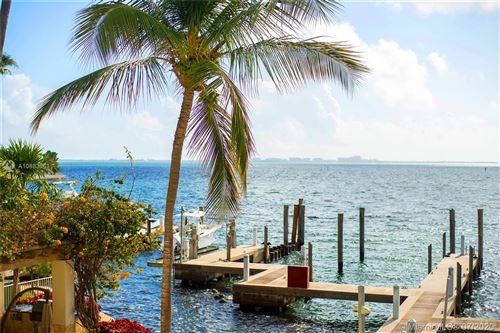 Foto de inmueble con direccion 1660 S Bayshore Ct #101 Miami FL 33133 con MLS A10883361