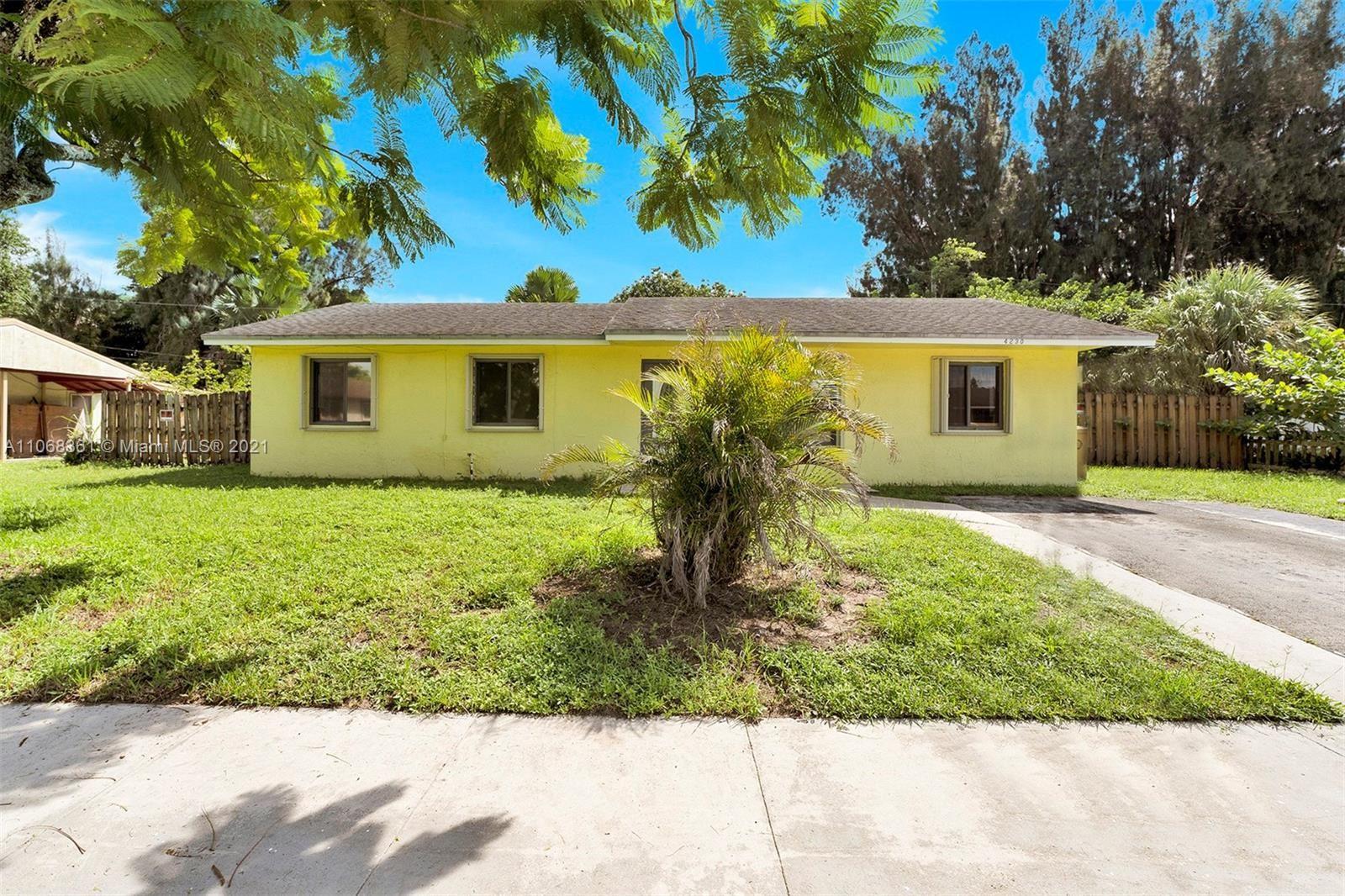 Photo of 4230 SW 55th Ave, Davie, FL 33314 (MLS # A11068361)