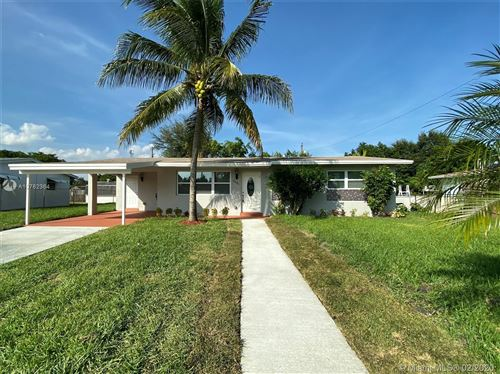 Photo of 6481 Lincoln St, Hollywood, FL 33024 (MLS # A10782364)