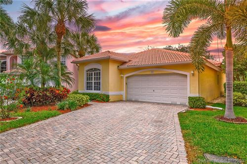 Photo of Listing MLS a10804364 in 7533 NW 60th Ln Parkland FL 33067