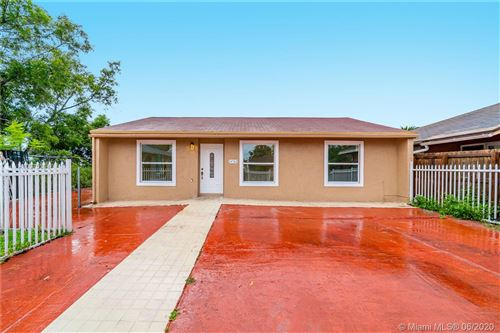 Photo of Listing MLS a10875364 in 20762 NW 41st Ave Rd Miami Gardens FL 33055