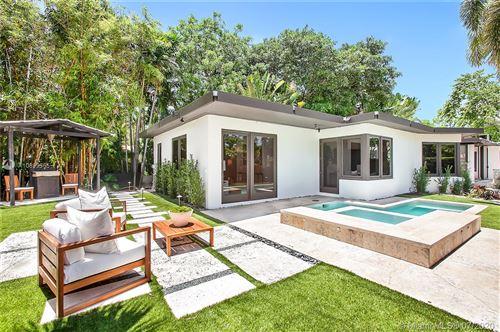 Photo of 200 E RIVO ALTO DR, Miami Beach, FL 33139 (MLS # A10899365)