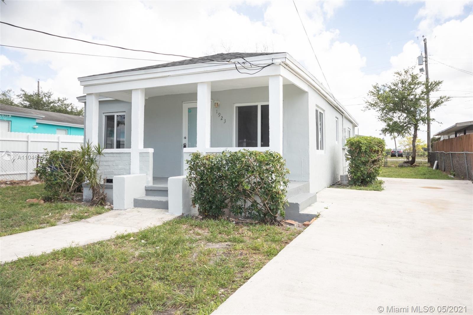 1923 NW 154th St, Miami Gardens, FL 33054 - #: A11046365