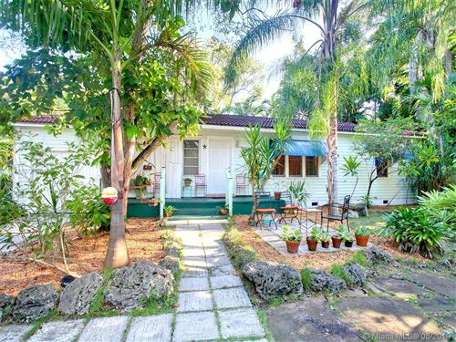 Photo of Listing MLS a10729366 in 1109 NE 118th St Biscayne Park FL 33161