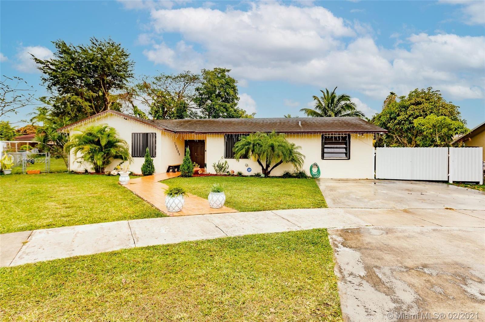 10350 SW 167th St, Miami, FL 33157 - #: A10996366