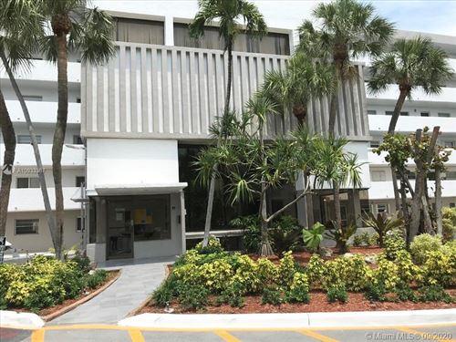 Photo of 4000 NE 169th St #602, North Miami Beach, FL 33160 (MLS # A10933367)