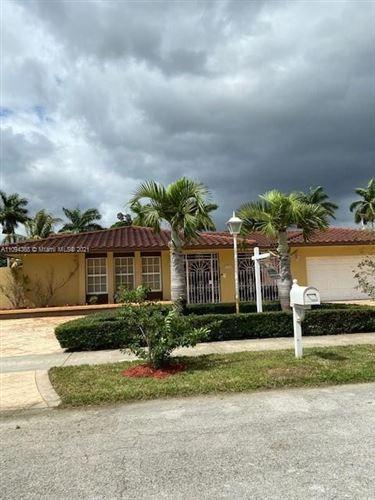 Photo of 1420 SW 126th Pl, Miami, FL 33184 (MLS # A11094368)