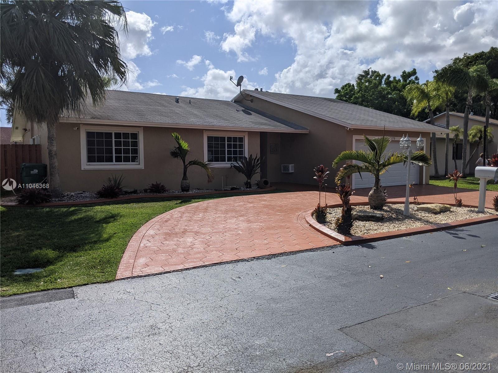 10270 SW 144th Pl, Miami, FL 33186 - #: A11046368