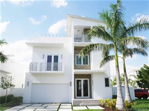 Photo of 8221 NW 33rd Ter, Miami, FL 33122 (MLS # A10466371)