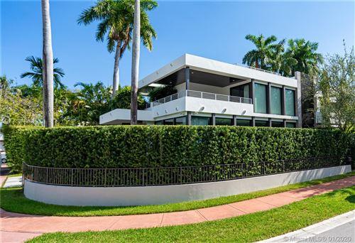 Photo of 321 W Rivo Alto Dr, Miami Beach, FL 33139 (MLS # A10773371)