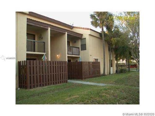 Foto de inmueble con direccion 680 W Park Dr #3-201 Miami FL 33172 con MLS A10902371