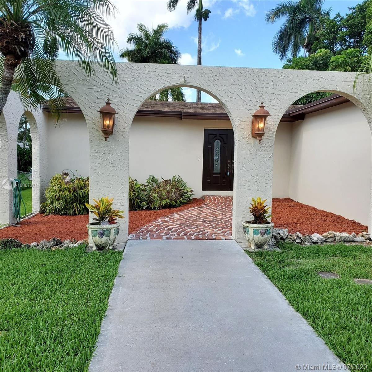380 NE 117th St, Miami, FL 33161 - #: A10867371