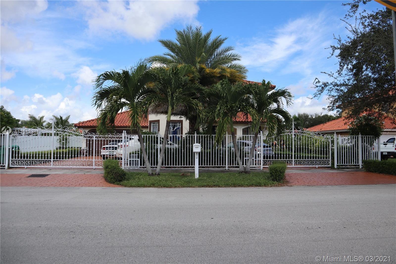 9261 SW 174th St, Palmetto Bay, FL 33157 - #: A11018371