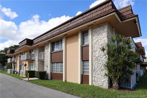 Photo of 5425 SW 77th Ct #112D, Miami, FL 33155 (MLS # A10975372)