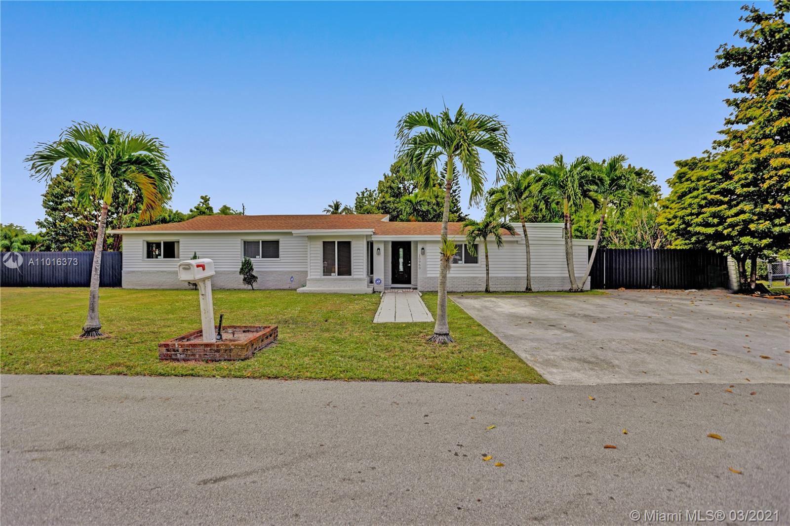 10960 SW 115th St, Miami, FL 33176 - #: A11016373