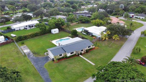 Photo of 17071 SW 84th Ct, Palmetto Bay, FL 33157 (MLS # A11076374)