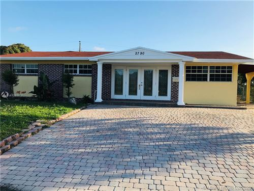 Photo of Listing MLS a10817375 in 2790 SW 3rd Ct Fort Lauderdale FL 33312