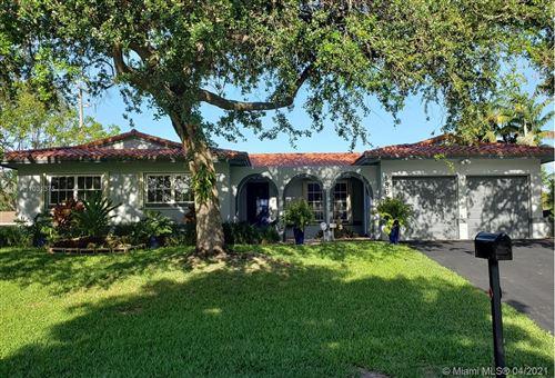 Photo of 18644 SW 89th Ct, Cutler Bay, FL 33157 (MLS # A11031375)