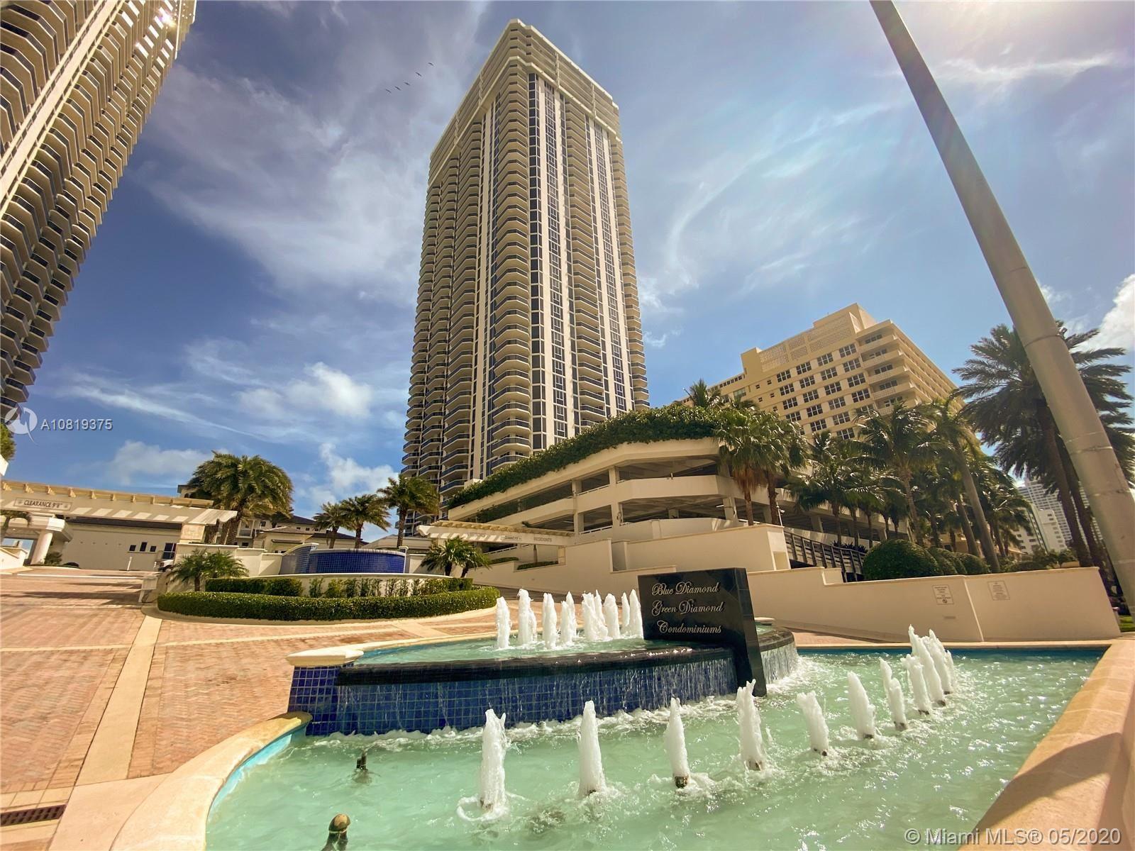 Photo of 4775 Collins Ave #3404, Miami Beach, FL 33140 (MLS # A10819375)