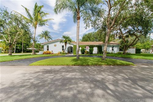 Photo of Listing MLS a10856378 in 17201 SW 86th Ave Palmetto Bay FL 33157