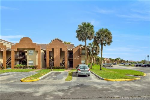 Photo of Listing MLS a10807379 in 685 SW 113th Way #685 Pembroke Pines FL 33025