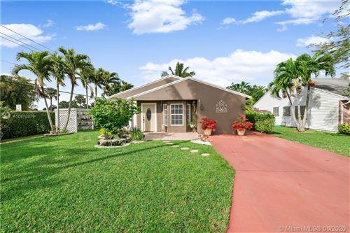 Photo of 23283 Cedar Hollow Way, Boca Raton, FL 33433 (MLS # A10872379)