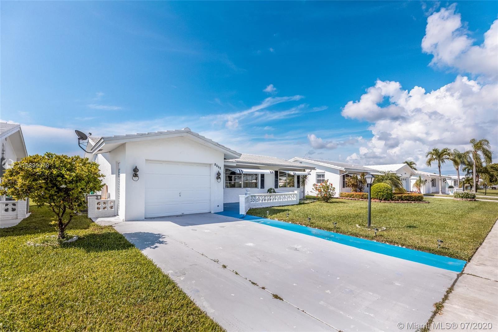 Photo of 1808 SW 18th St, Boynton Beach, FL 33426 (MLS # A10890379)