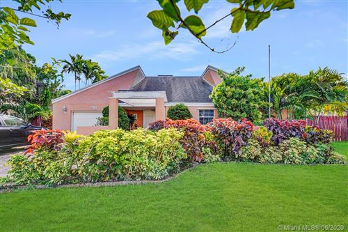 Photo of Listing MLS a10852380 in 4970 SW 94th Way Cooper City FL 33328