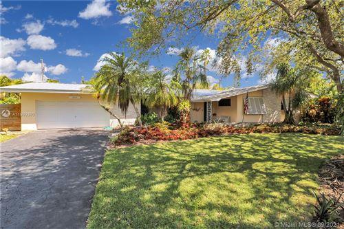 Photo of 10045 SW 136th St, Miami, FL 33176 (MLS # A11099380)