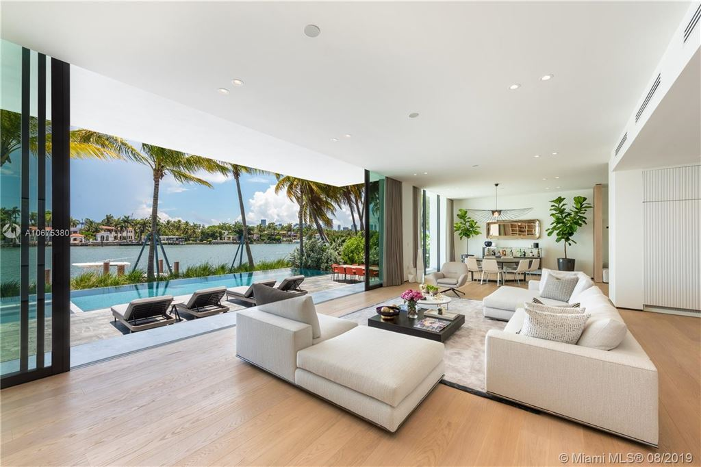 Photo 12 of Listing MLS a10675380 in 38 S Hibiscus Dr Miami Beach FL 33139