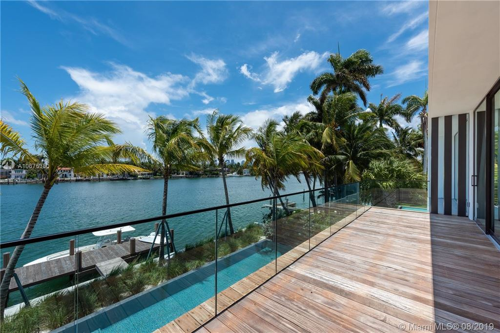 Photo 25 of Listing MLS a10675380 in 38 S Hibiscus Dr Miami Beach FL 33139