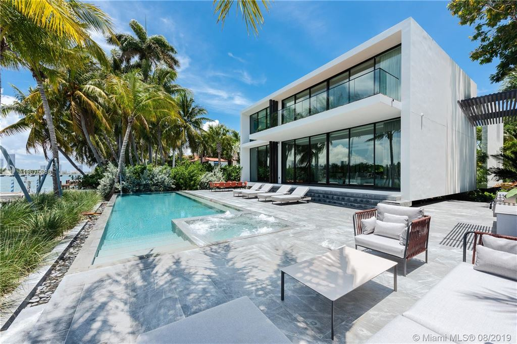 Photo 33 of Listing MLS a10675380 in 38 S Hibiscus Dr Miami Beach FL 33139