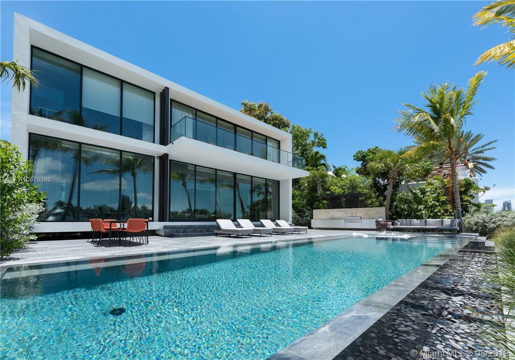 Photo 34 of Listing MLS a10675380 in 38 S Hibiscus Dr Miami Beach FL 33139