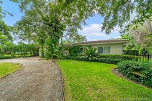 Photo of 601 Alminar Ave, Coral Gables, FL 33146 (MLS # A10728381)