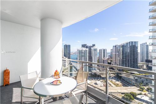 Photo of 90 SW 3rd St #4009, Miami, FL 33130 (MLS # A10784381)