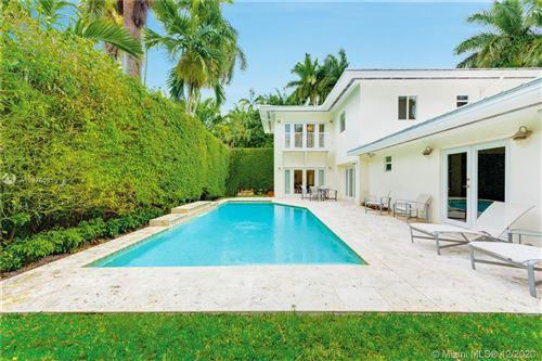 Photo of 1600 W 27th St, Miami Beach, FL 33140 (MLS # A10976381)