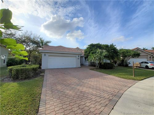 Photo of 569 Spinnaker, Weston, FL 33326 (MLS # A10986382)