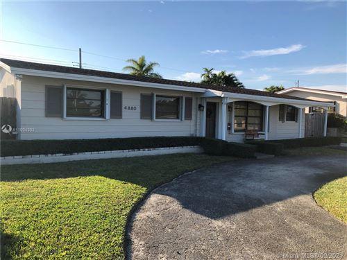 Photo of 4880 SW 90th Ct, Miami, FL 33165 (MLS # A11004383)
