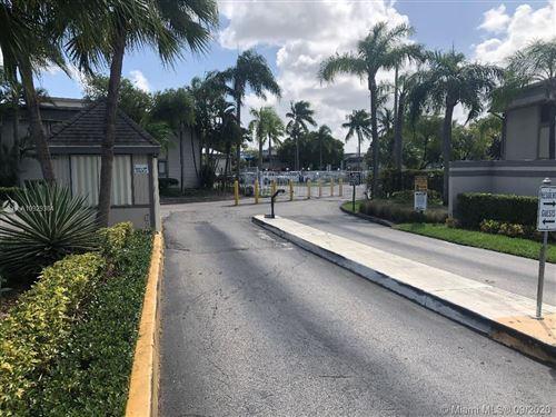 Photo of 20681 NE 4th Pl #204, Miami, FL 33179 (MLS # A10929384)