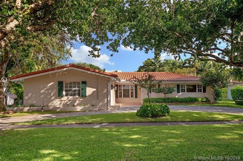 Photo of 1415 Baracoa Ave, Coral Gables, FL 33146 (MLS # A10751385)