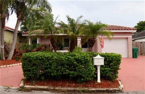 Photo of 8558 SW 210th Ter, Cutler Bay, FL 33189 (MLS # A11071385)